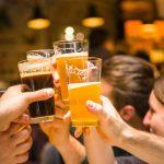 Bere birra al mattino: ecco cosa succede al nostro corpo