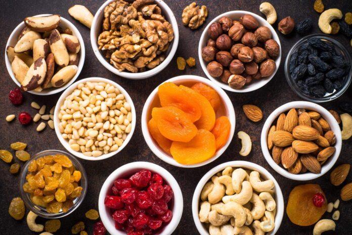 Perchè mangiare frutta essiccata: la risposta sorprende tutti!